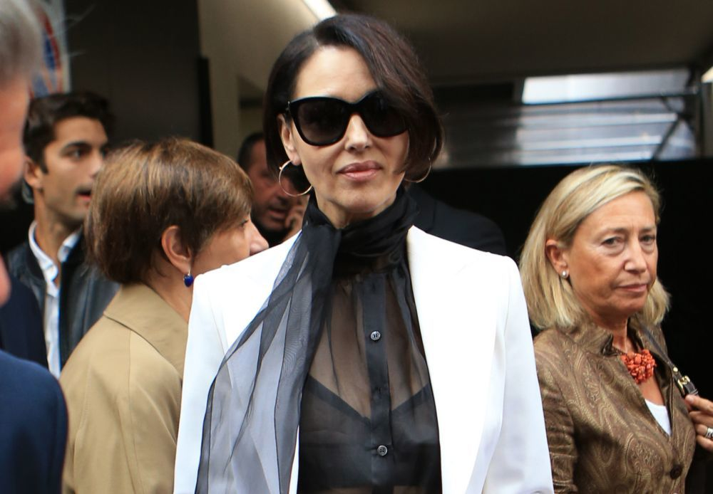 En el front row del desfile de Dolce & Gabbana en Milán, Monica...