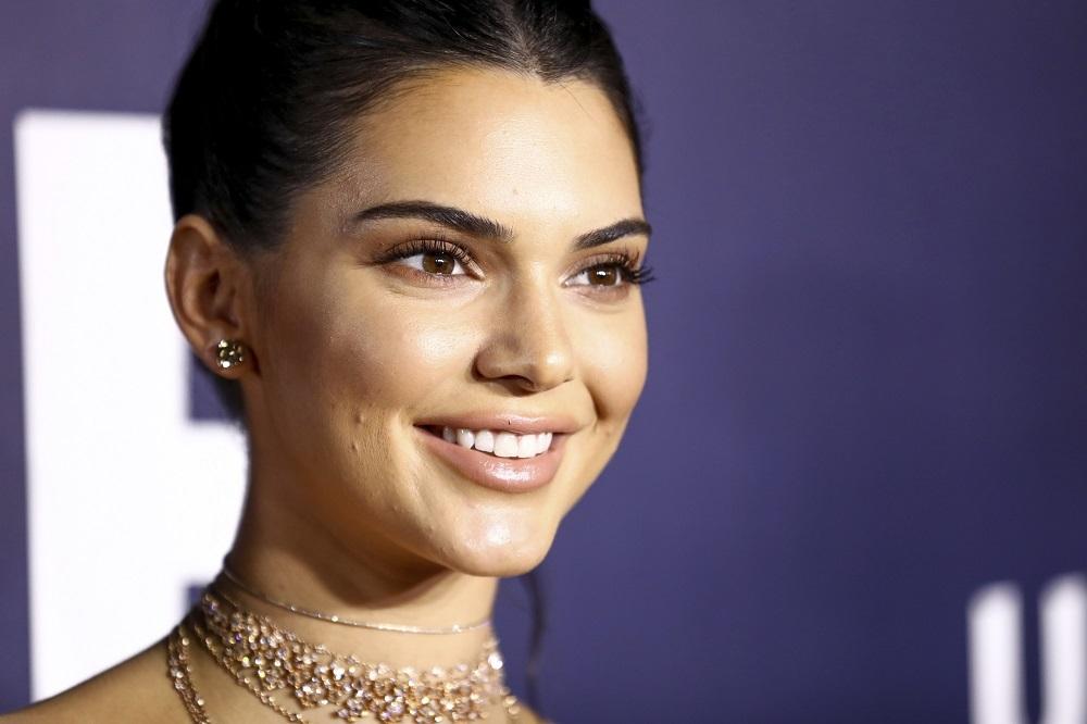 Kendall Jenner ha hablado en alguna ocasión de los brotes de acné...