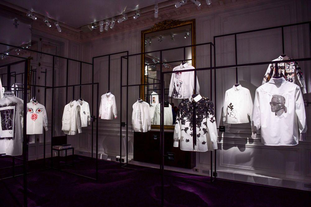 Tributo a Karl Lagerfeld: el proyecto de la camisa blanca