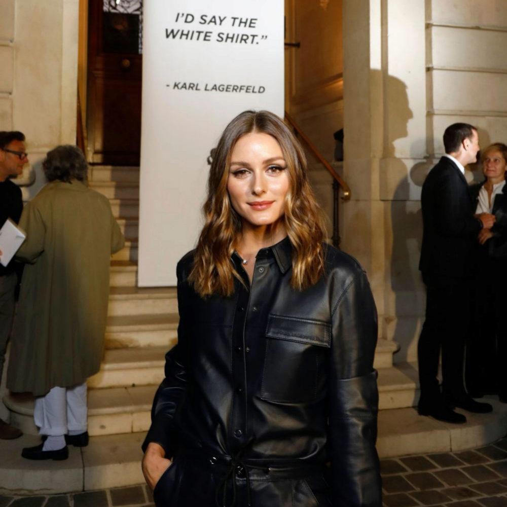 Olivia Palermo en su llegada a la exposición en París