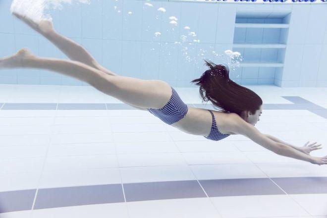 Nadar es una de las formas más recomendables de realizar actividad...