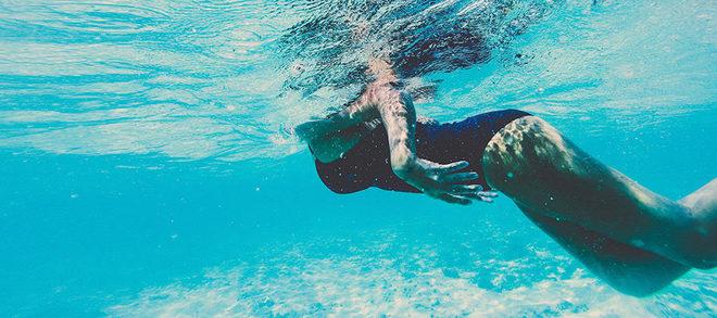 La natación es un deporte muy beneficioso, coinciden los expertos, y...