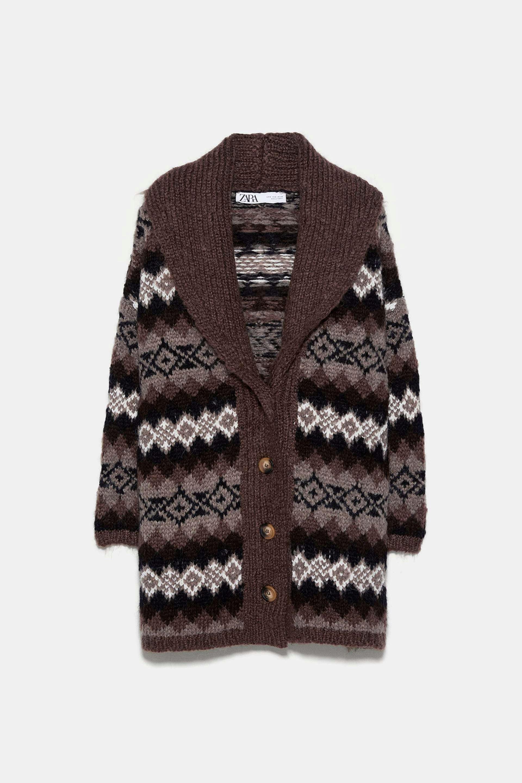 Cárdigan de lana en tonos tierra de Zara