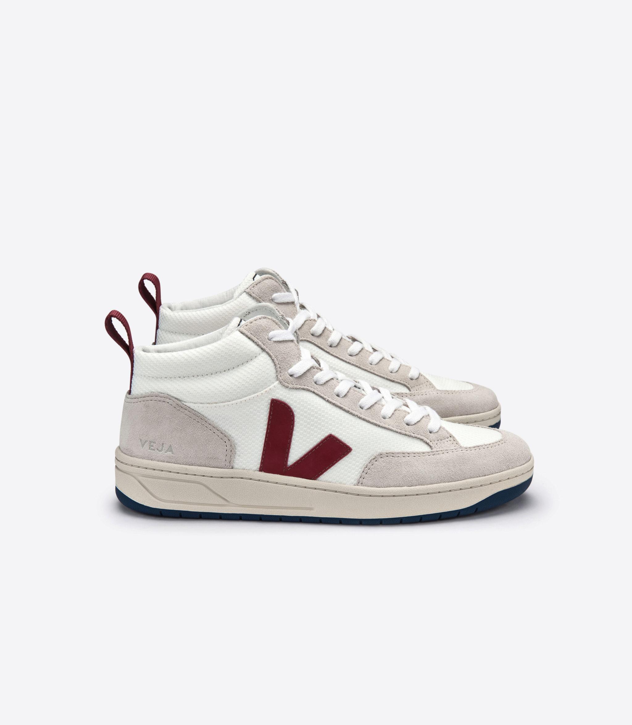 Zapatillas altas de la colección Otoño/Invierno 2019 de Veja