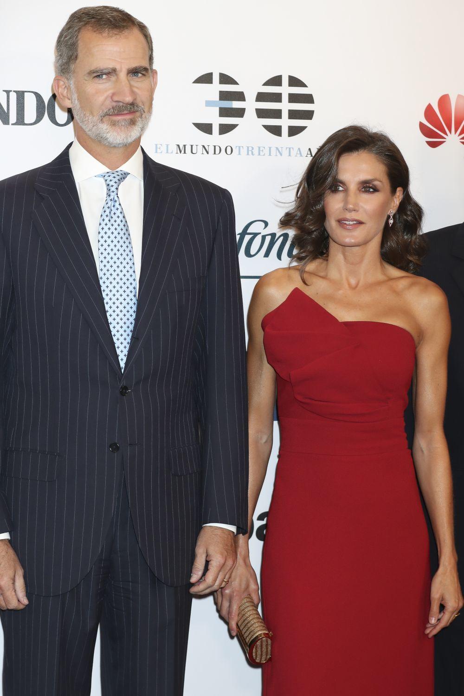 Los Reyes, don Felipe y doña Letizia, en el 30 aniversario de El Mundo.