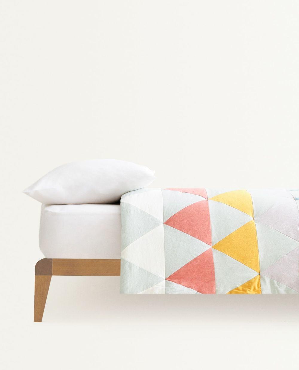 Colcha Patchwork de Zara Home. 59,99 euros
