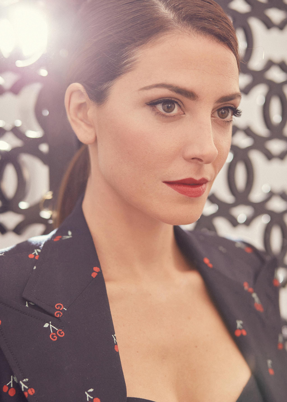 Bárbara Lennie nos inspira con cada look beauty