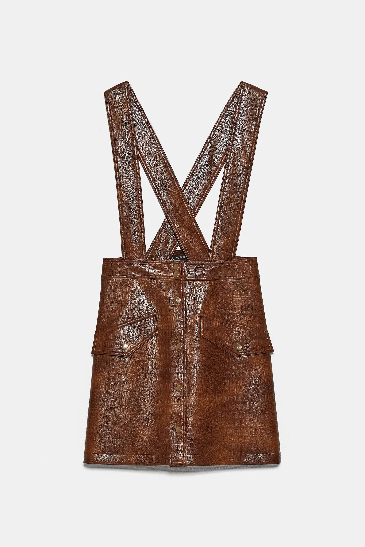 Falda pichi, de Zara (29,95 euros).