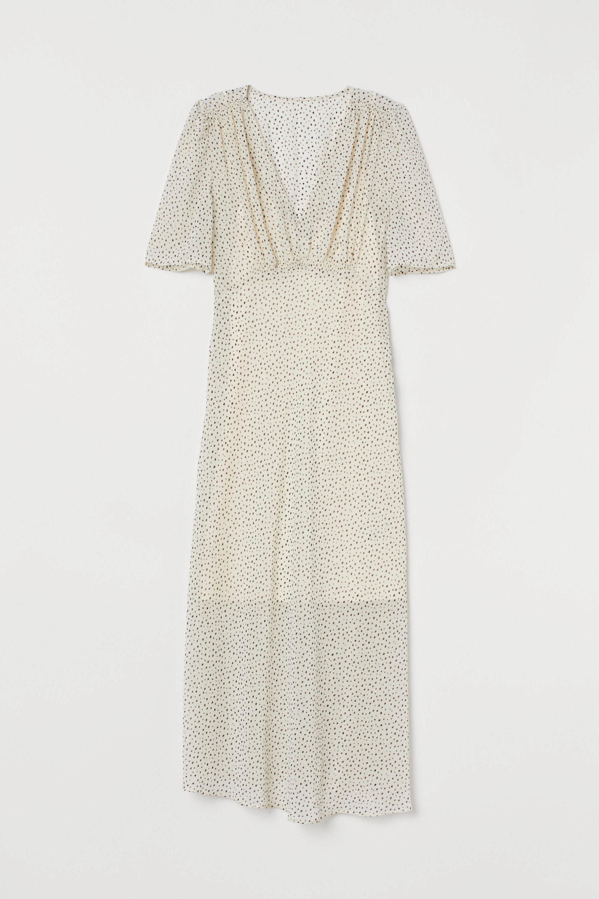 Vestido de gasa de lunares en blanco y negro de H&M