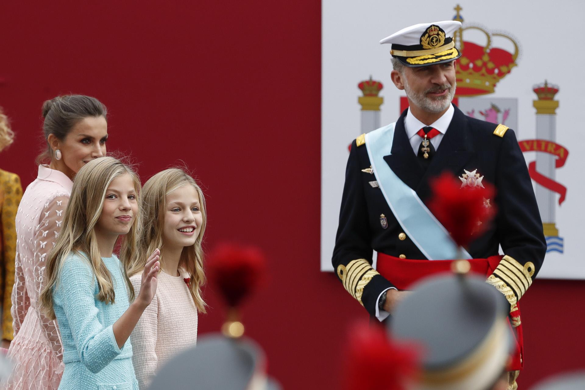 Los Reyes junto a la Princesa Leonor y la Infanta Sofía presiden el...