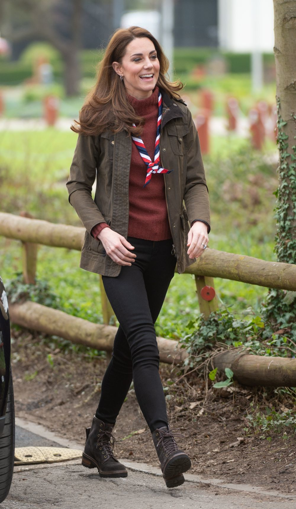 Kate Middleton con botas de montaña
