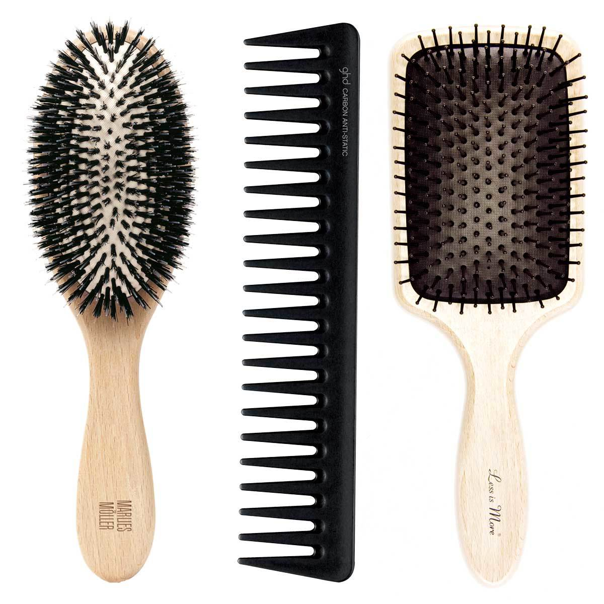 Cepillo Allround Brush, Marlies Möller (57 euros); Peine desenredante de GHD (13 euros); Paddle Brush Beech White Nylon, Less is More (40 euros) con madera de haya certificada.