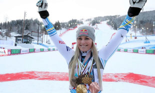 Lindsey Vonn posa con algunas de las medallas conseguidas en su...