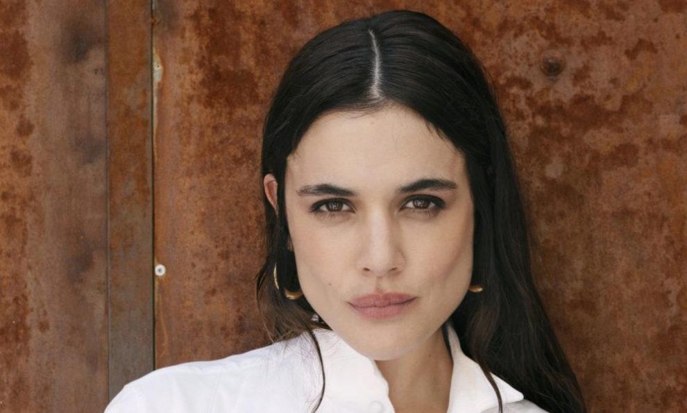 Adriana Ugarte protagoniza Hache en Netflix