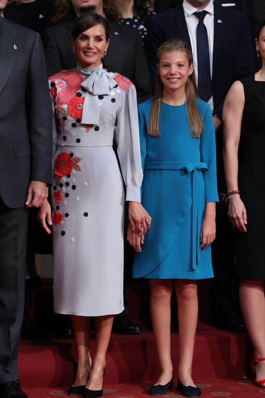 La Reina Letizia junto a la infanta Sofía.