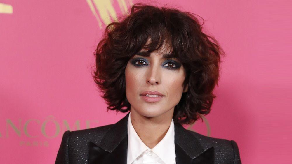 La actriz Inma Cuesta con un curly bob o bob ondulado.