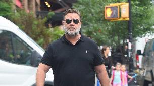 Russell Crowe por las calles de Nueva York.