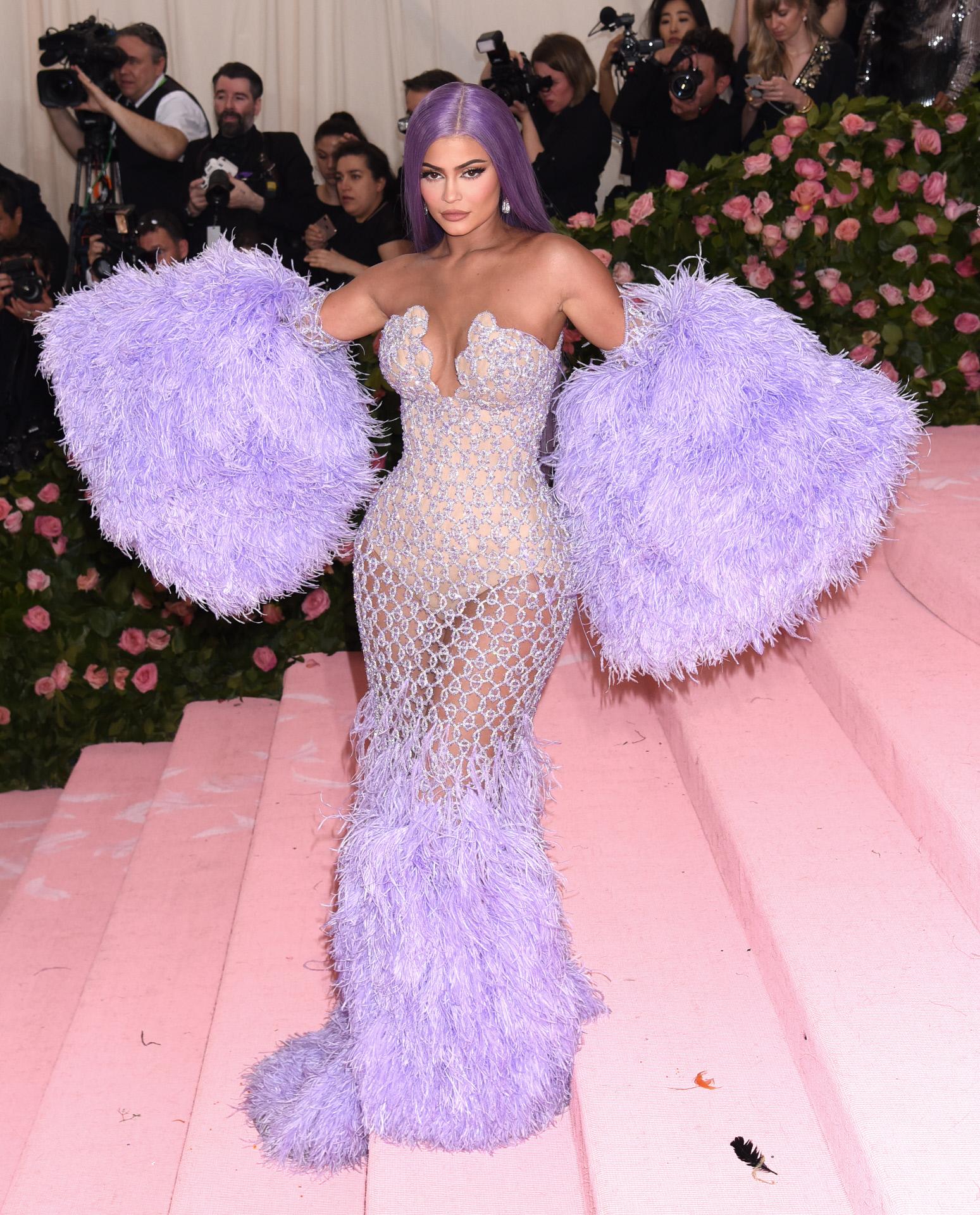 Kylie Jenner, una de las celebrities que más ha cambiado su melena de...