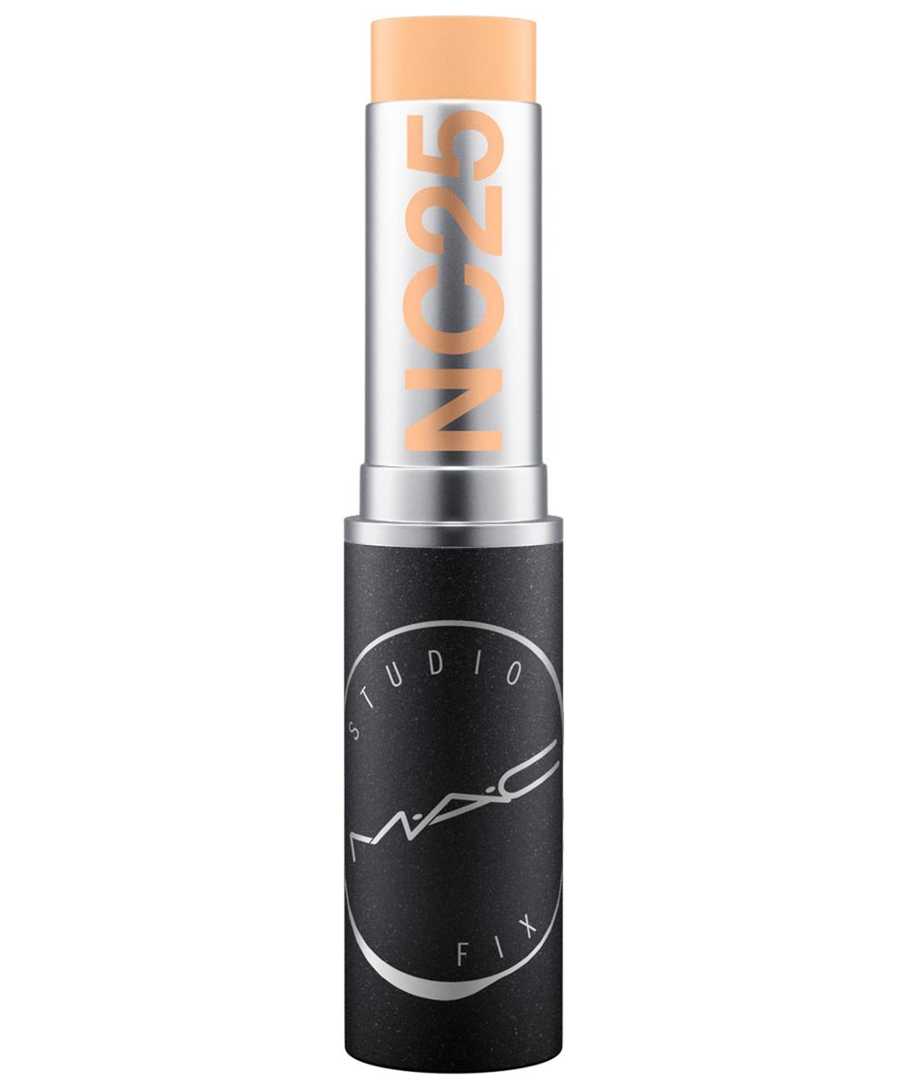 Maquillaje en barra Studio Fix Soft Matte Foundation Stick de MAC.