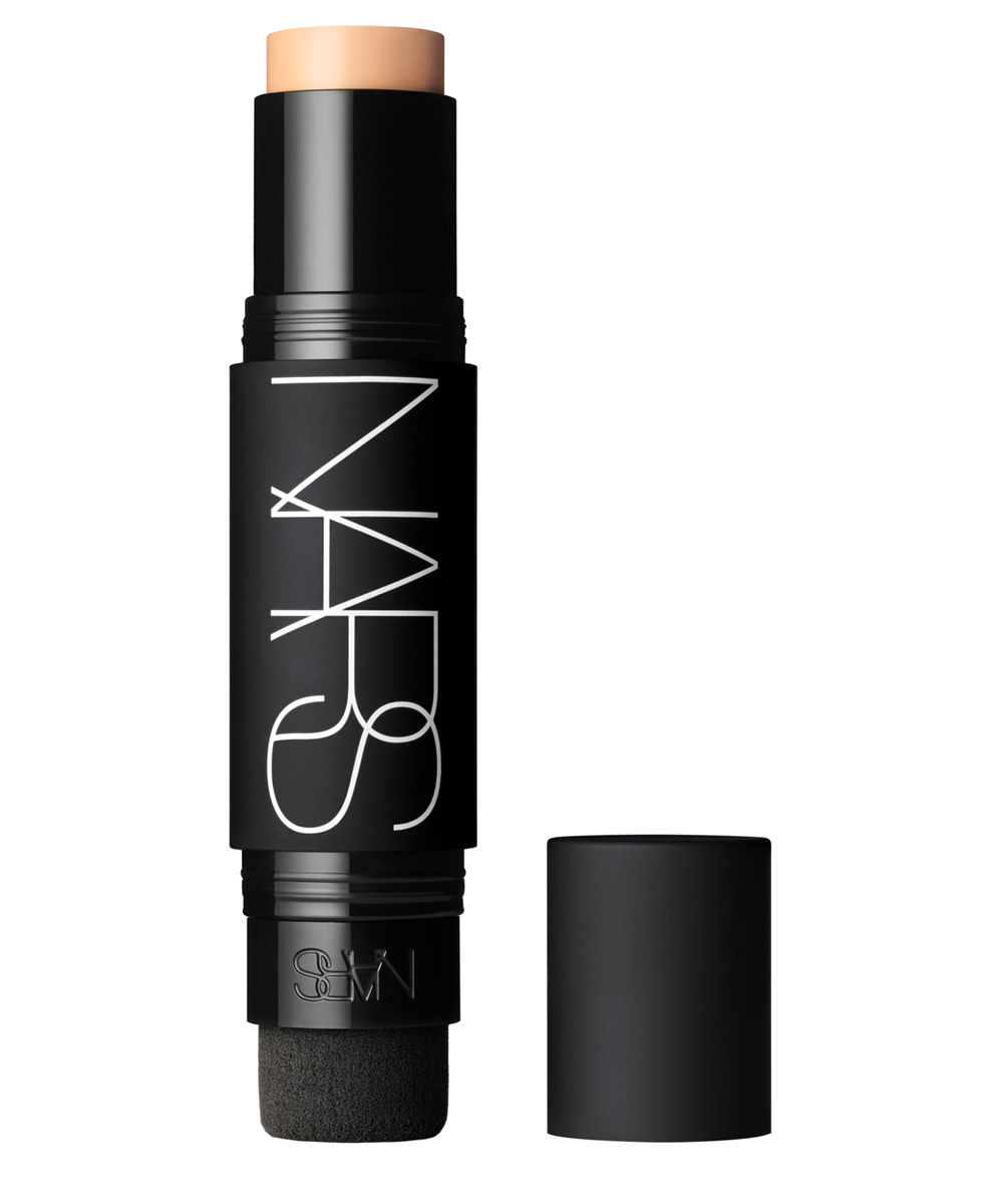 Base de maquillaje en barra Nars Velvet Matte Foundation Stick.