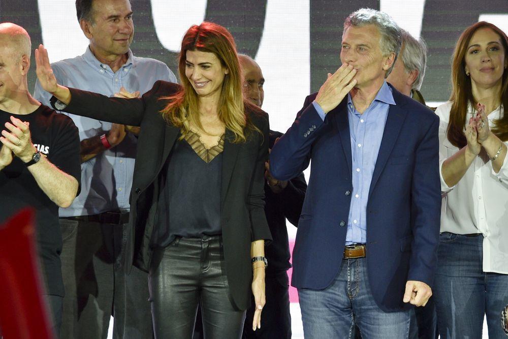 Juliana Awada junto a Mauricio Macri.