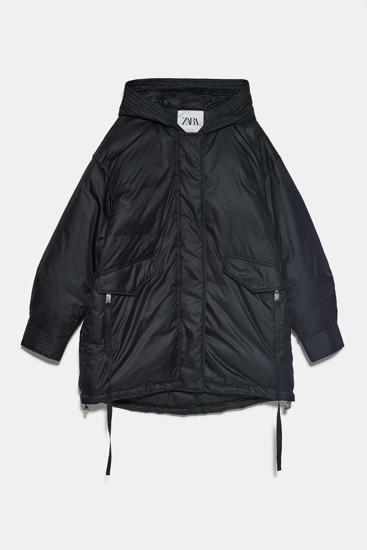 Abrigo oversized acolchado de Zara