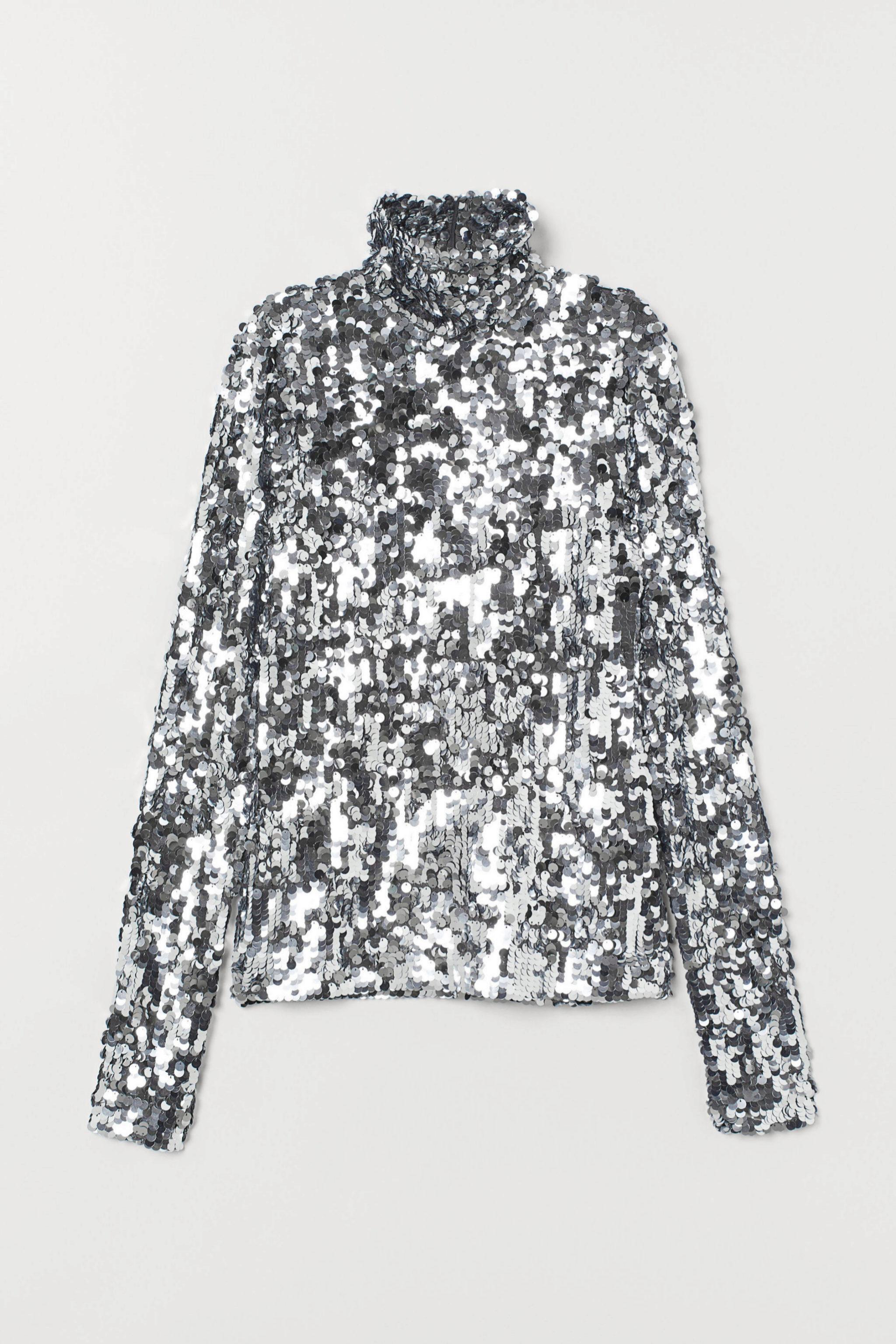 Top de lentejuelas con cuello cisne de la Studio Collection de H&M