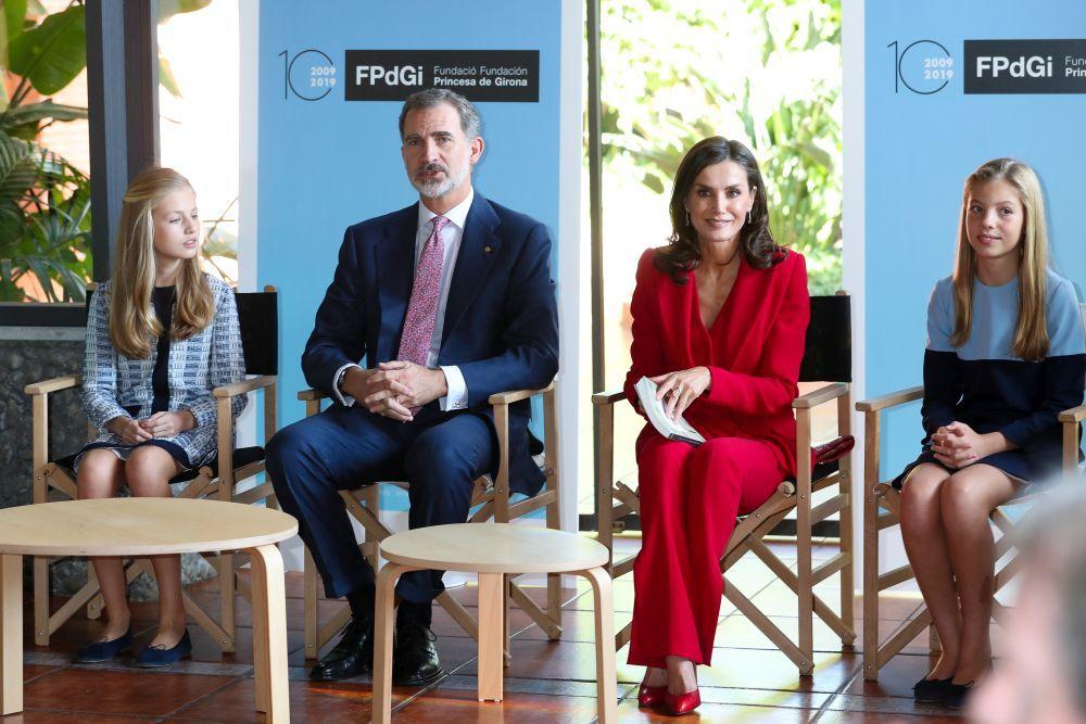 La Familia Real charla con los premiados de los Premios de la...