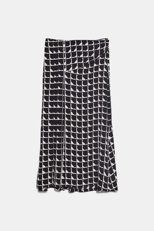 Falda midi estampada de Zara