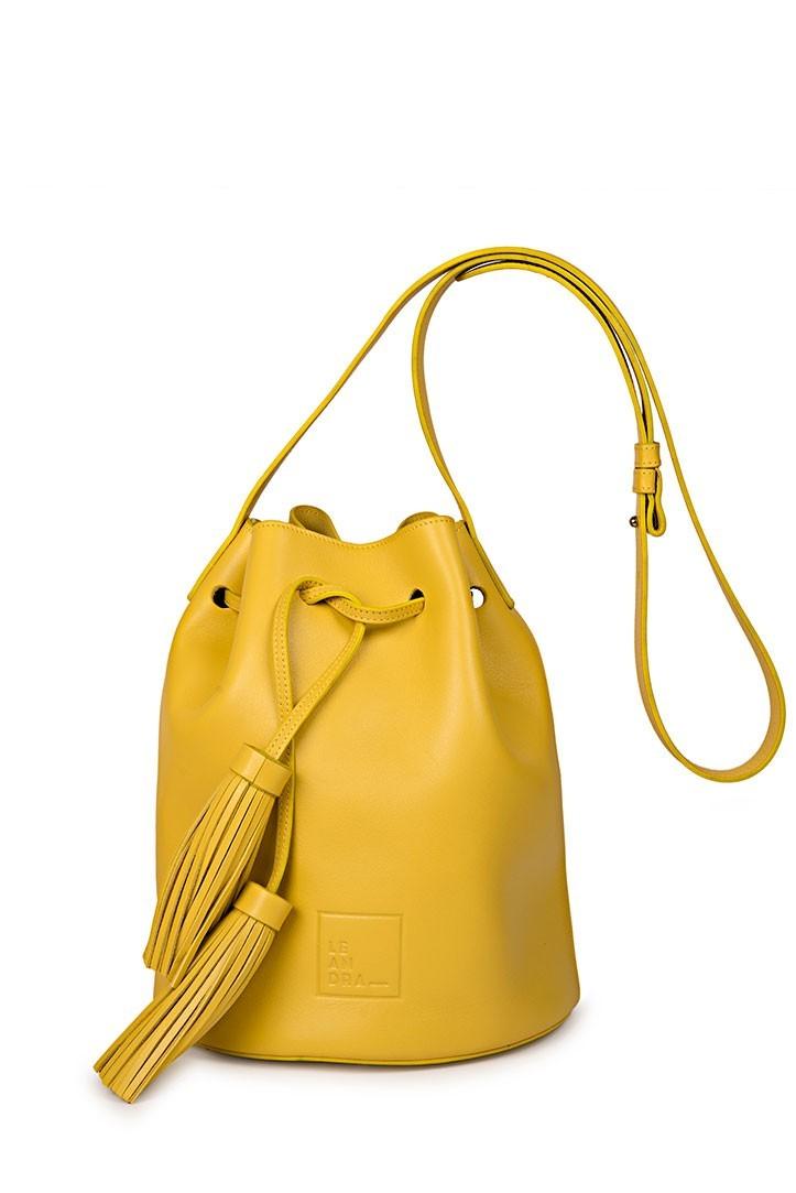 Bolso bandolera tipo saco de Leandra Bags