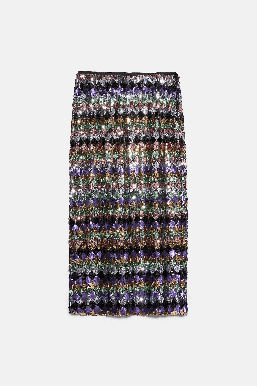 Falda midi de lentejuelas de Zara