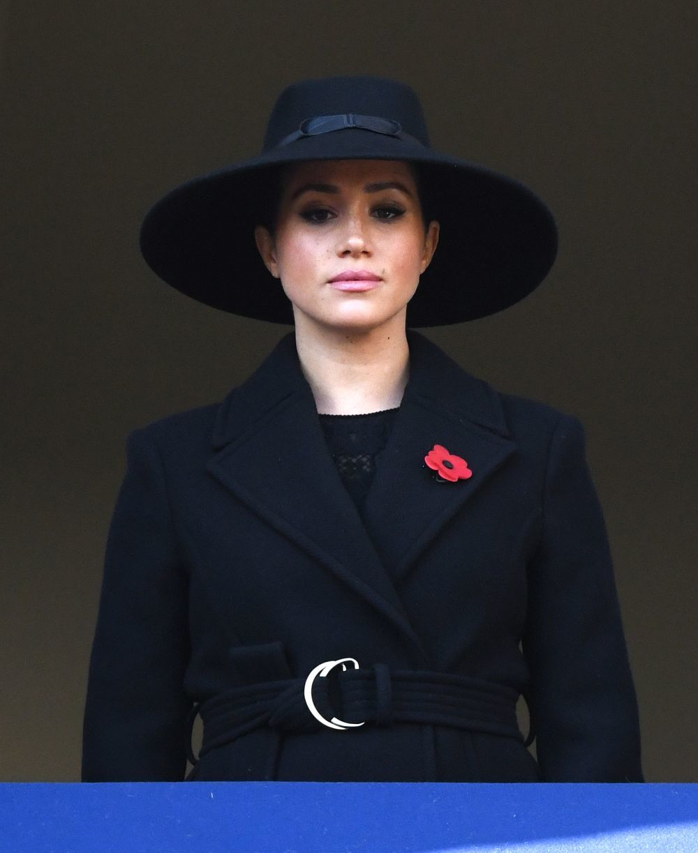 La fotografía posteada por Stella McCartney con Meghan Markle luciendo su abrigo.