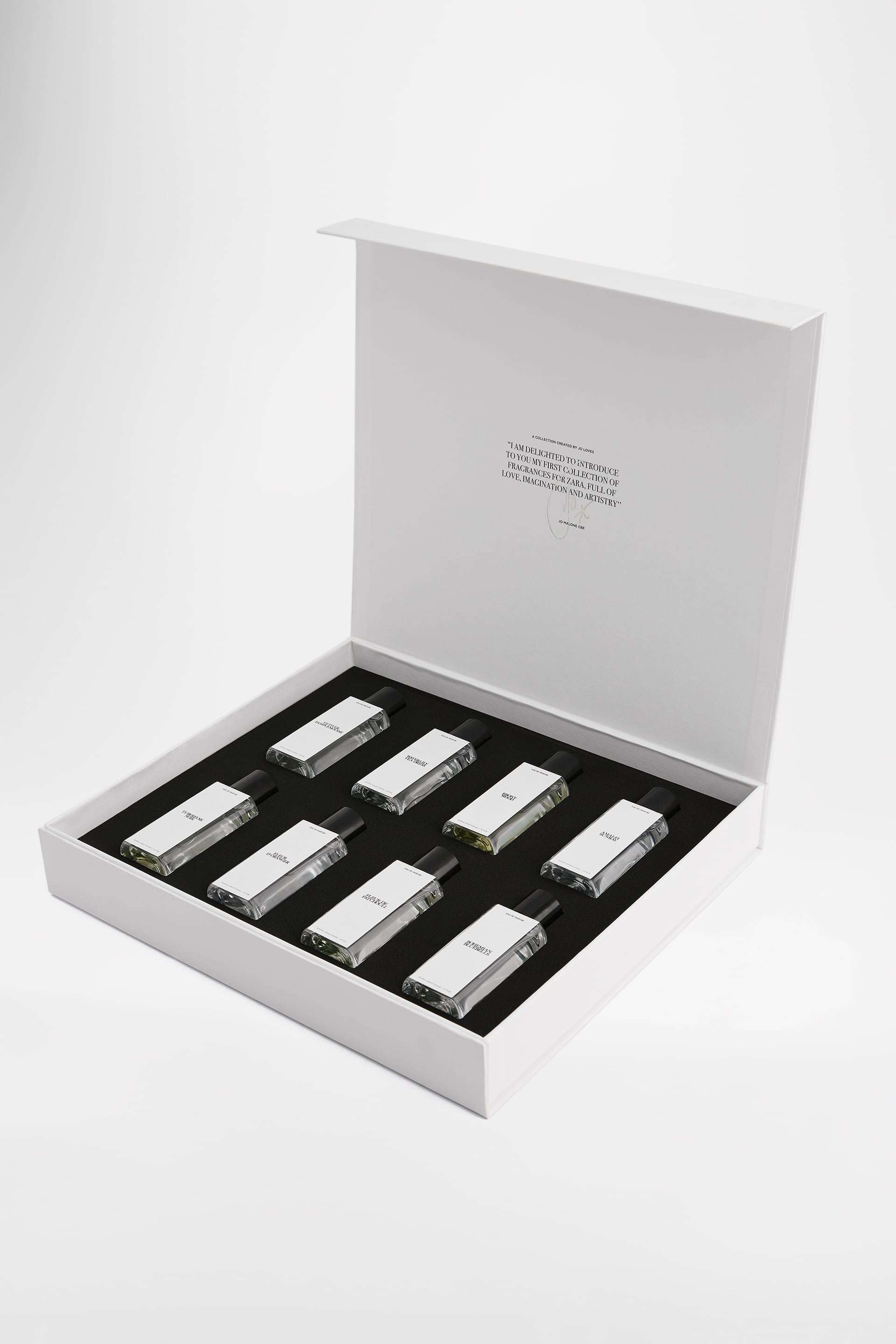 Pack con los perfumes ara Emotions by Jo Malone CBE (85 euros).
