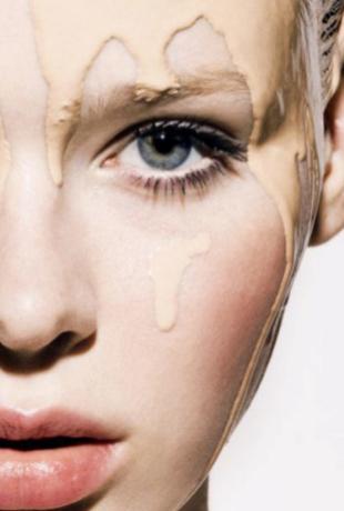 Maquillaje ligero con protección alta, el imprescindible para el...