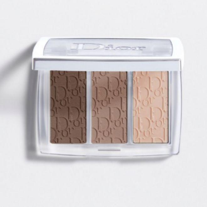 Brow Palette, de Dior Backstage (38,95 euros). Contiene dos sombras en polvo para lograr una cobertura modulable y natural, y una cera para fijar las cejas.