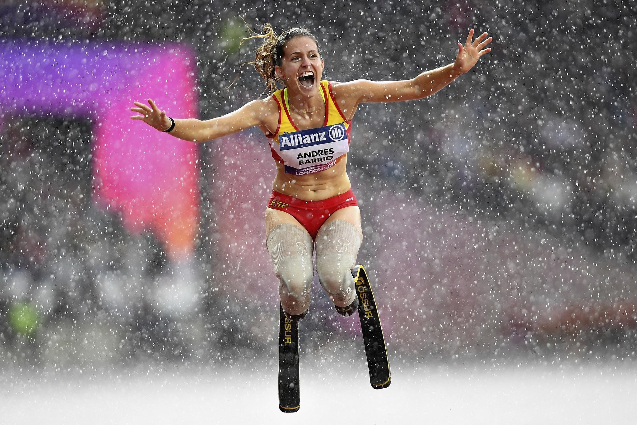 Sara Andres celebra su segunda medalla de bronce en los Mundiales de...