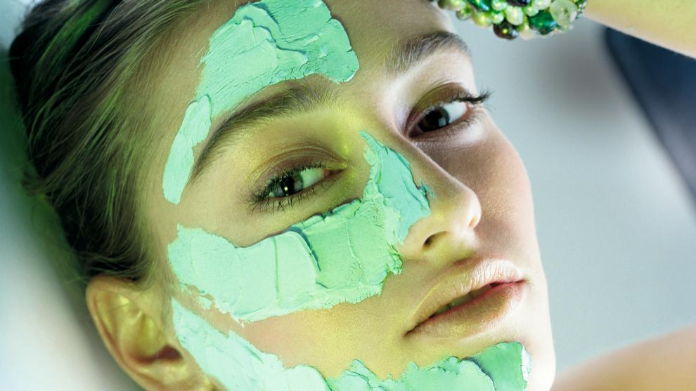 Mascarillas faciales para preparar tu piel para las fiestas.