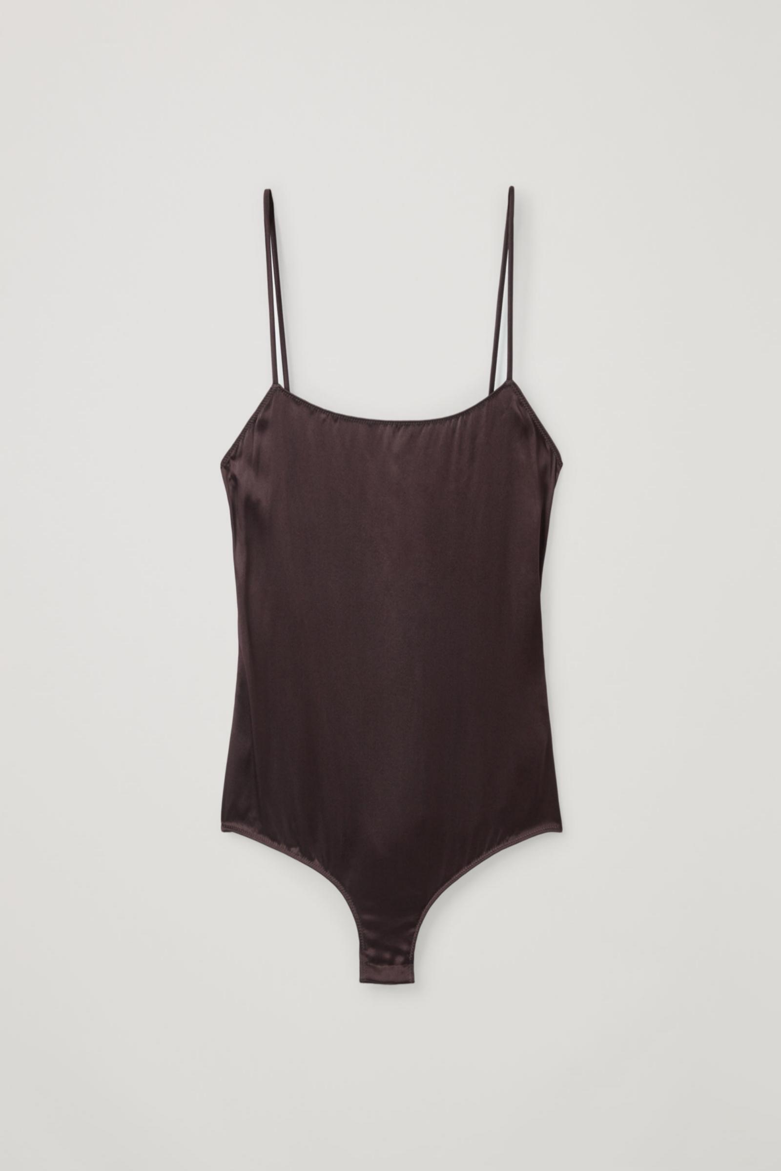 Body de seda en color burdeos de COS (59¤)