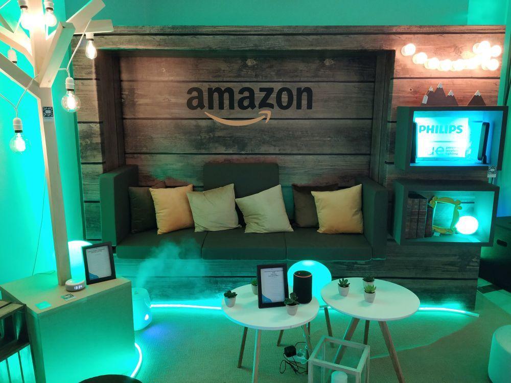 Uno de los espacio de #amazonencaja en el interior de la pop up.