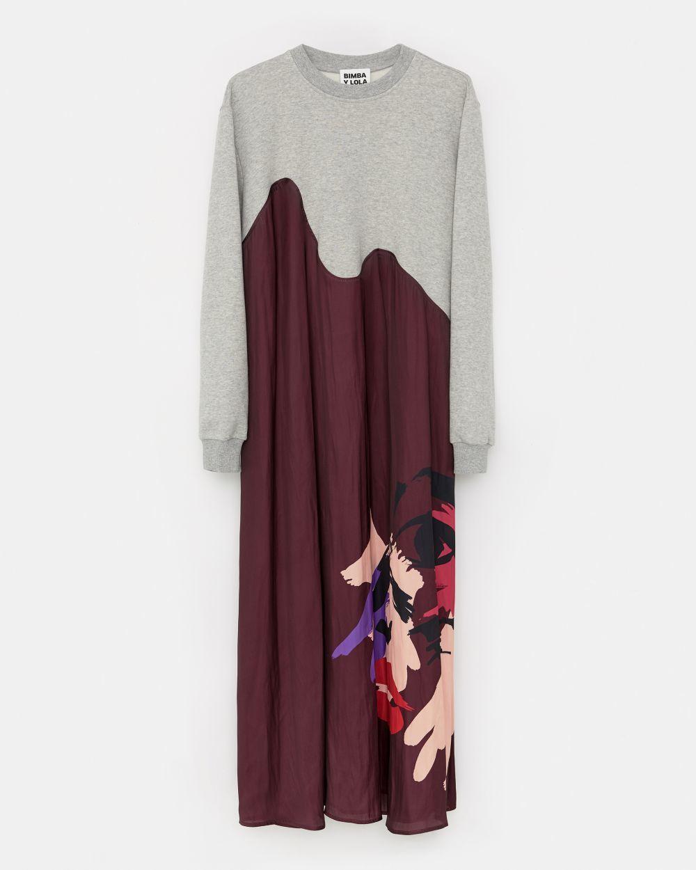 Vestido sudadera (87 euros).