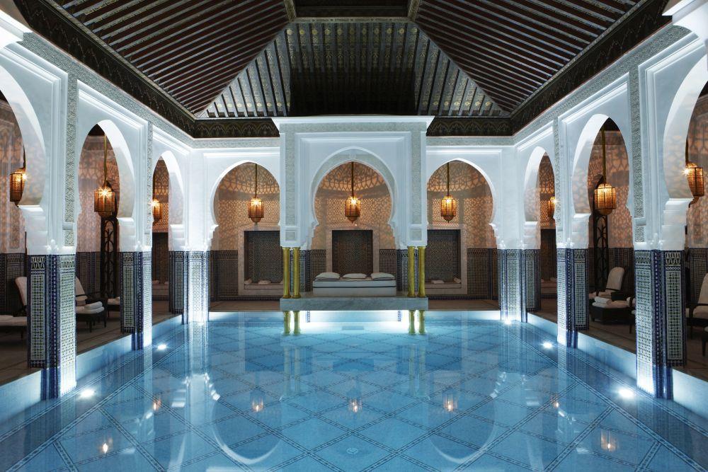 Piscina del spa del hotel La Mamounia