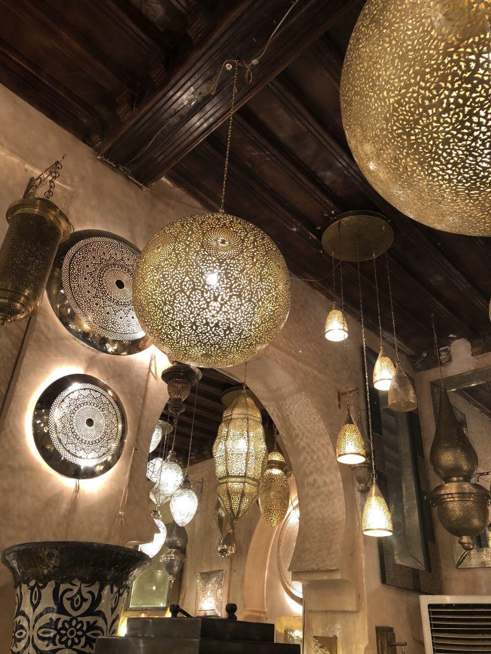 Tienda de lámparas Miloud El Jouli.