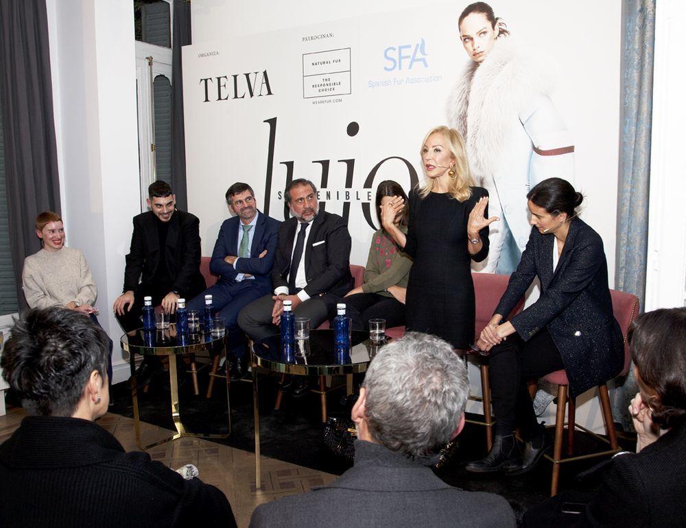Mesa redonda sobre Lujo sostenible y retos del mundo de la moda.