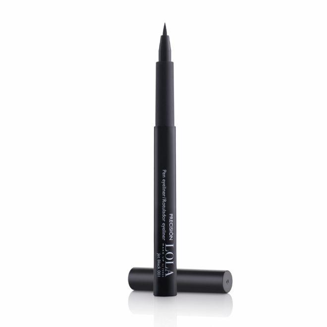 Precision Pen Eyeliner, de Lola (12,15 euros). De punta fina y en tono Jet Black.