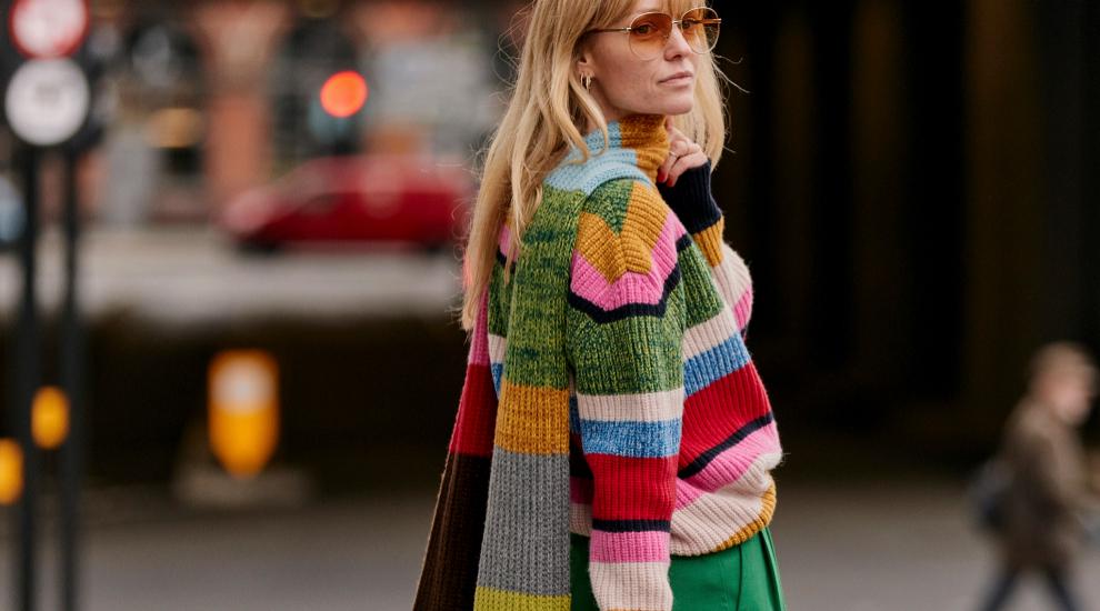 Jeanette Madsen un jersey de lana de colores