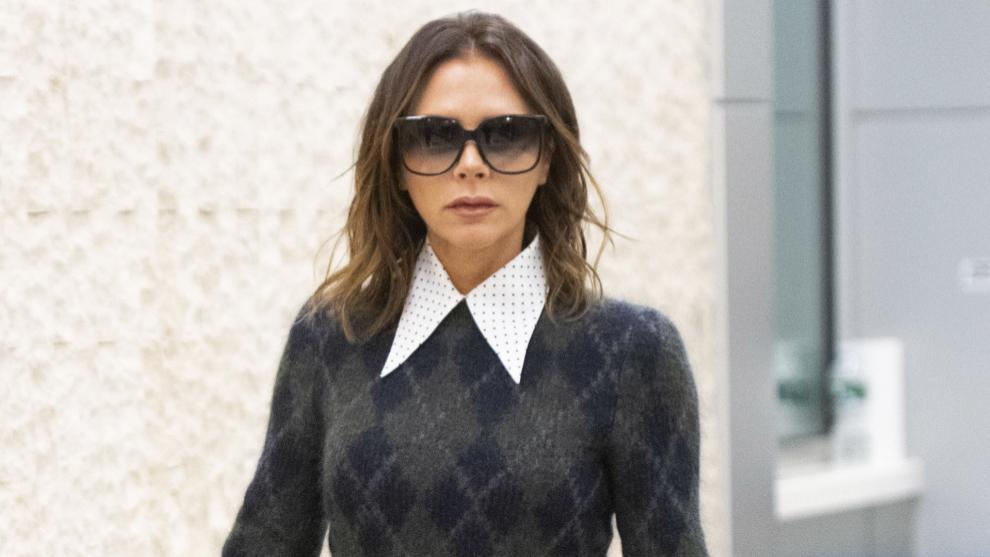 Victoria Beckham, con ondas desechas y corte long bob.