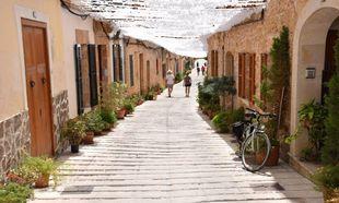 Al  norte de la isla de Mallorca se encuentra este pueblo famoso  por...