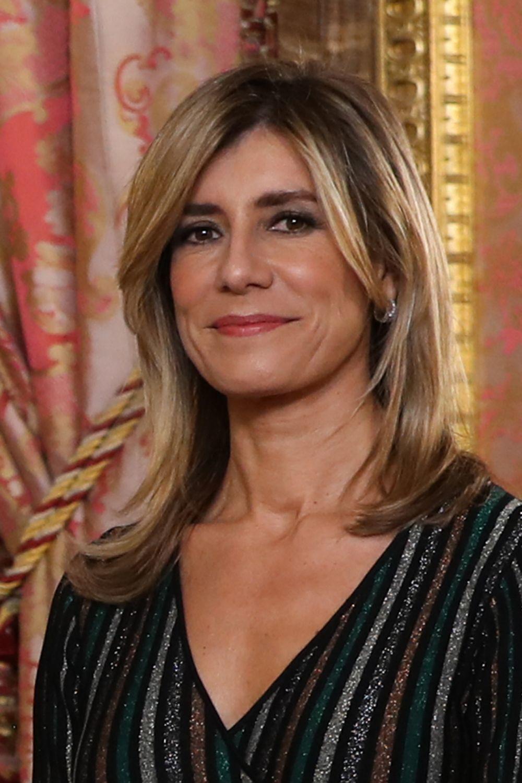Begoña Gómez con su nuevo aspecto en la recepción de la Zarzuela en...