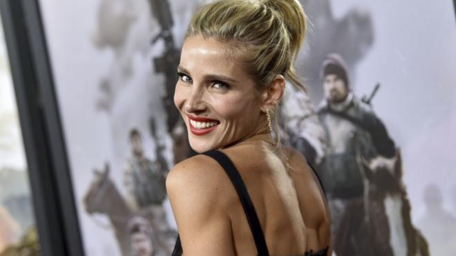 La actriz Elsa Pataky presume de silueta fit y brazos muy fibrados...