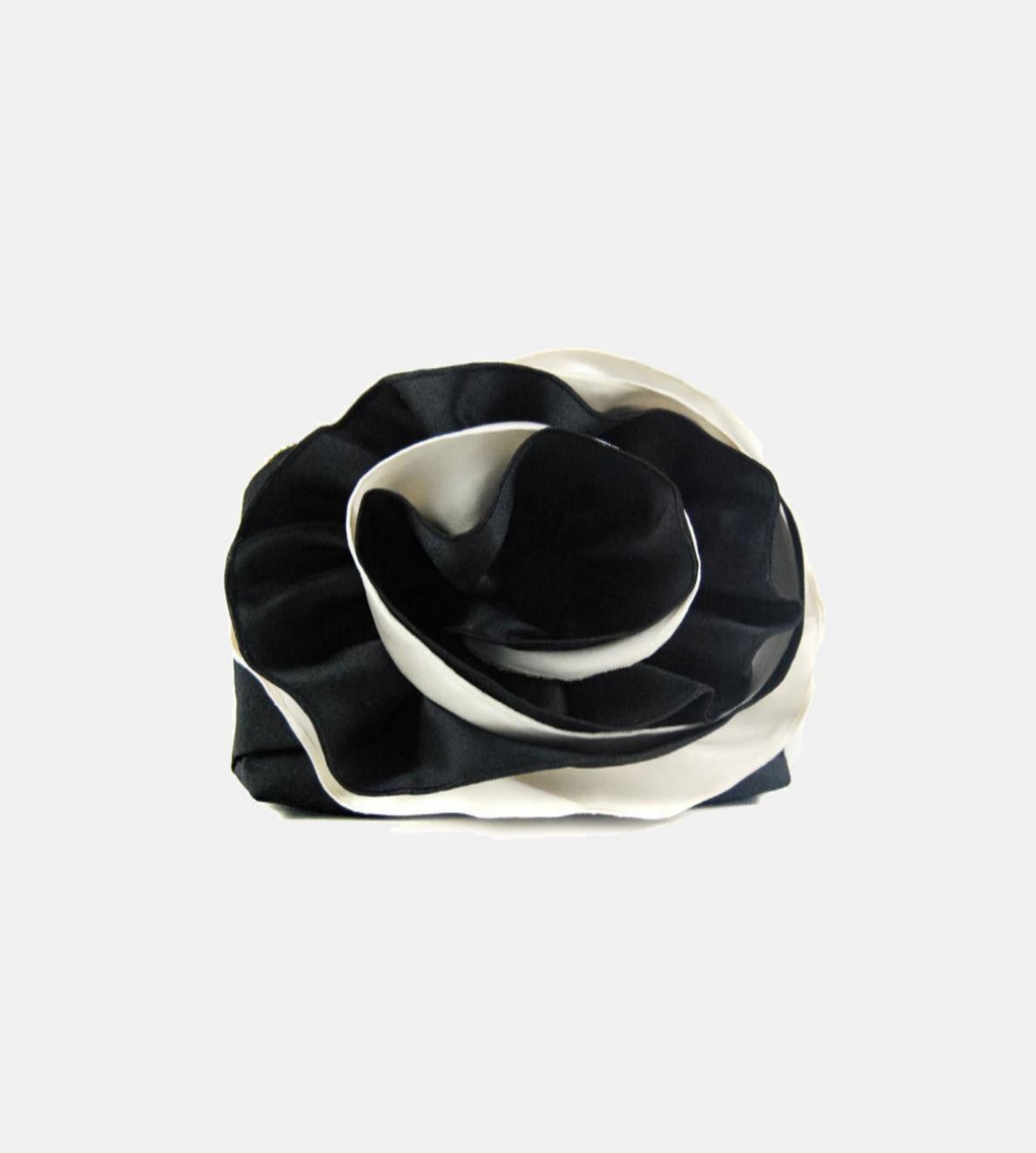 Pulseta Rose de Celina Martín. En Es Fascinante (96 euros)